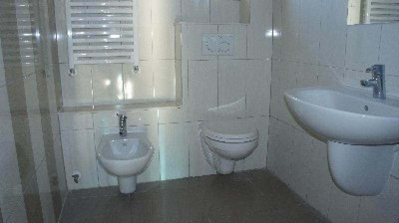 Apartament cu 3 camere de vanzare-1364-0