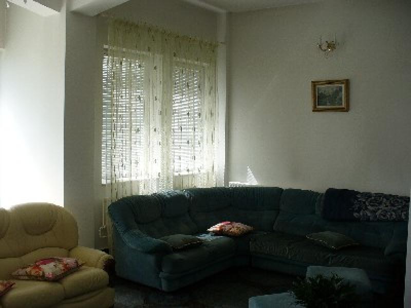 Vila 5 camere, zona Bd. Mihai Eminescu-1366-1