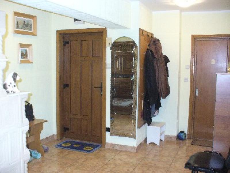 Apartament cu 4 camere de vanzare-1530-0