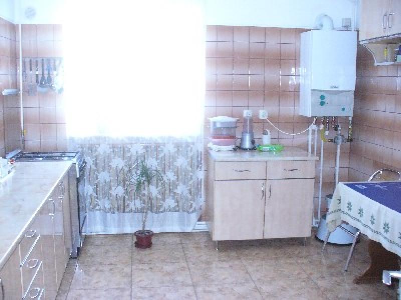 Apartament cu 4 camere de vanzare-1530-2
