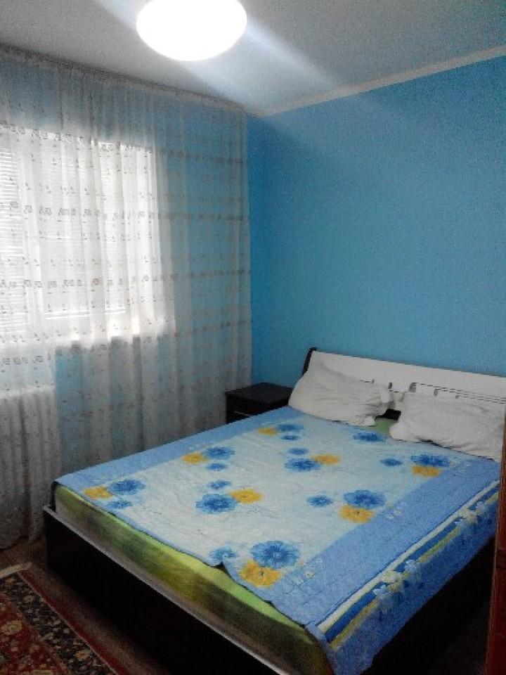 Apartament cu 3 camere de inchiriat-1560-1