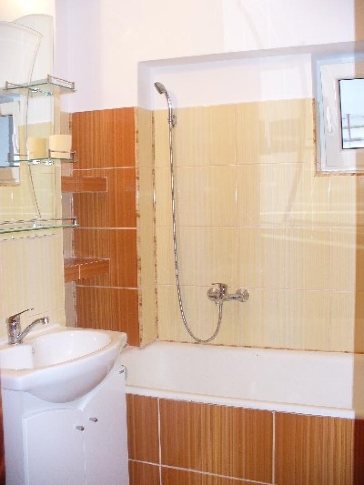 Apartament 4 camere, zona Bd.Mihai Eminescu-1797-3
