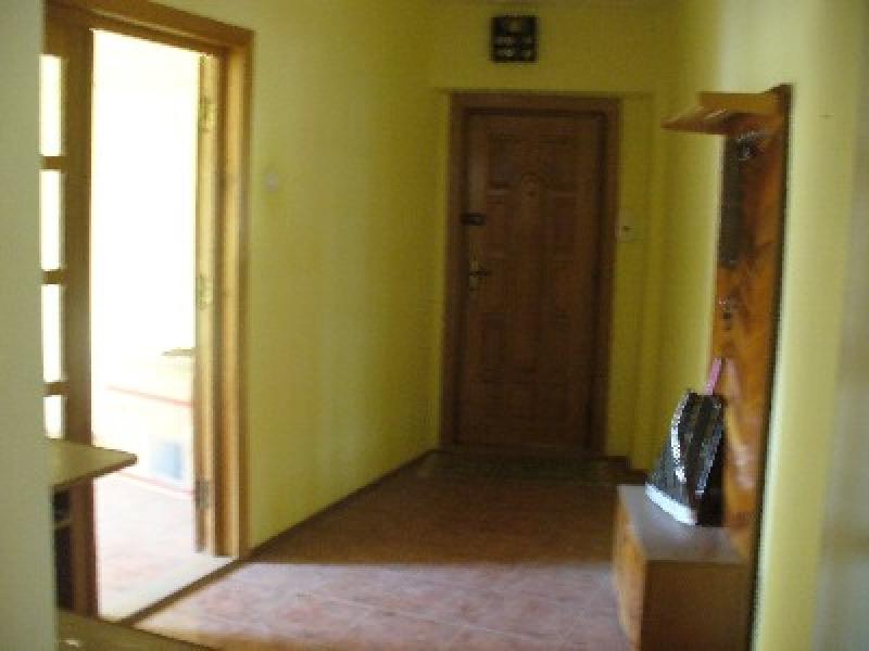 Apartament 4 camere, zona centrala-2050-2