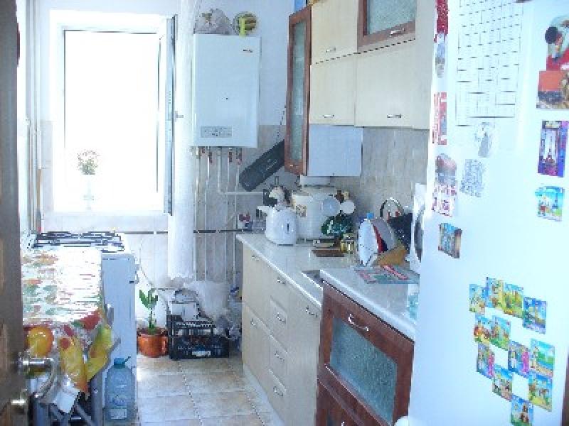 Apartament cu 3 camere de inchiriat-2281-2