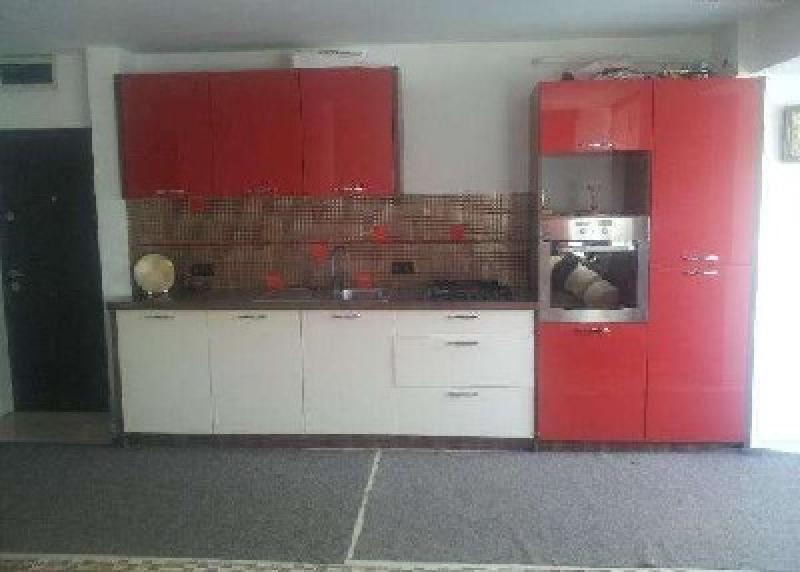 Apartament cu 4 camere de inchiriat-2367-0