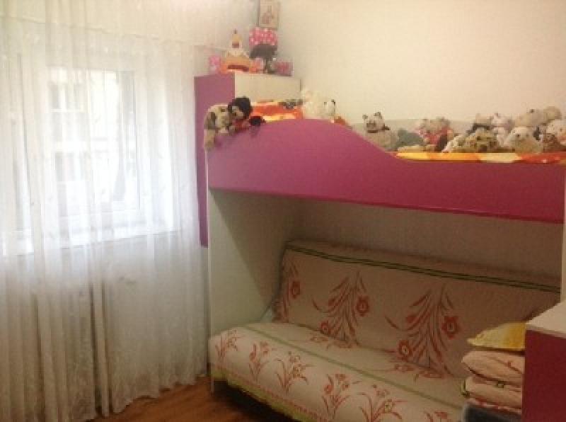Apartament 4 camere, zona Capat 1-2505-0