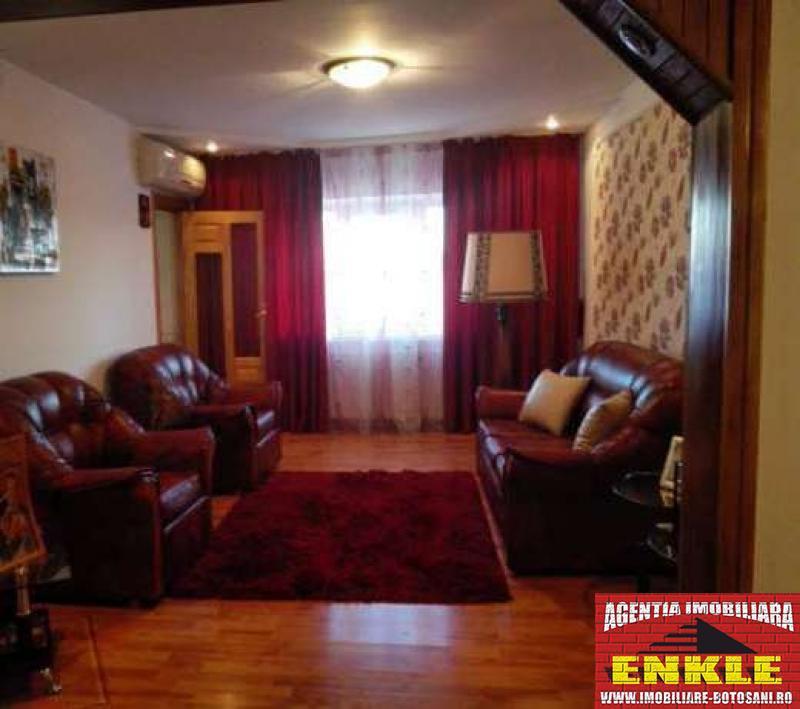 Apartament 3 camere, zona Capat 1-2559-0