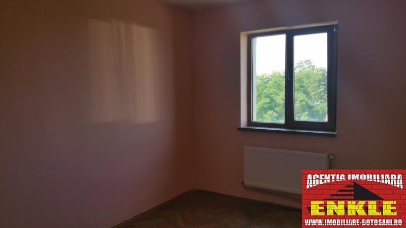 Apartament 3 camere str.Sucevei -2569-2