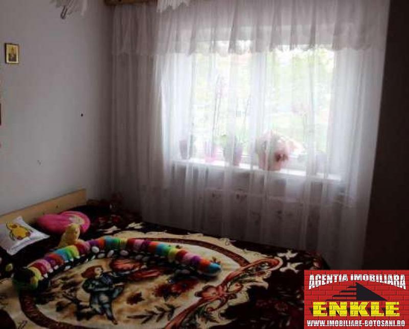 Apartament 3 camere, zona Grivita-2591-1