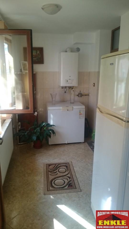 Apartament 3 camere, zona Bd.Mihai Eminescu-2690-3