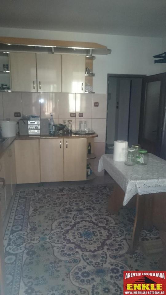 Apartament 3 camere, zona Bd.Mihai Eminescu-2690-4