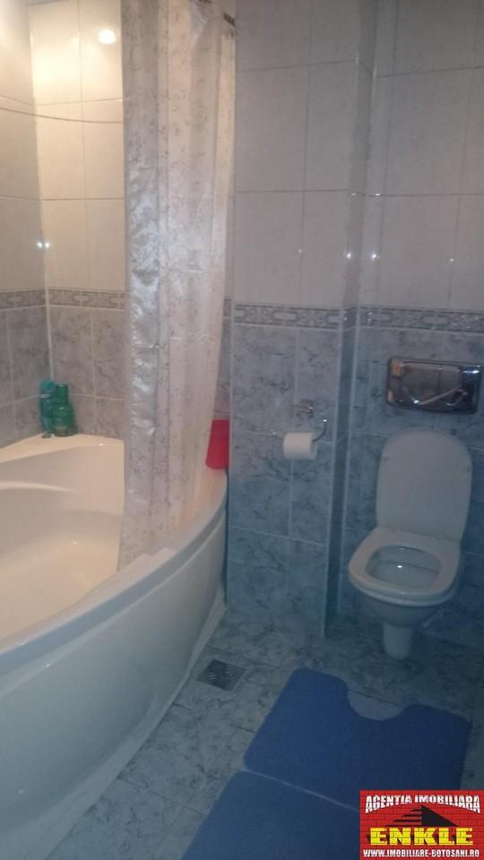 Apartament 3 camere, zona Bd.Mihai Eminescu-2690-5