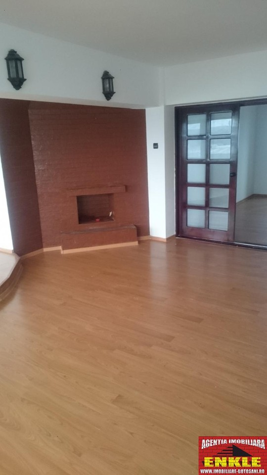Apartament 3 camere, zona C. Nationala-2777-1