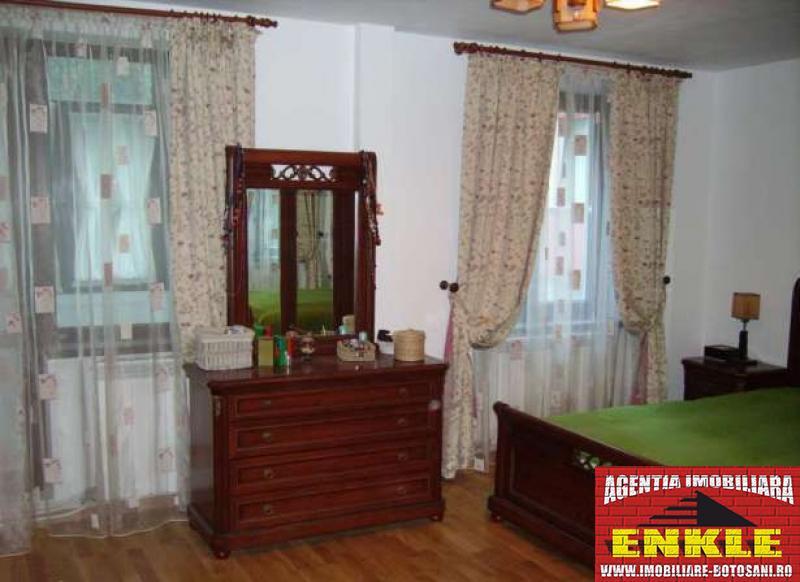 Apartament 4 camere, zona Bd.Mihai Eminescu-2786-1