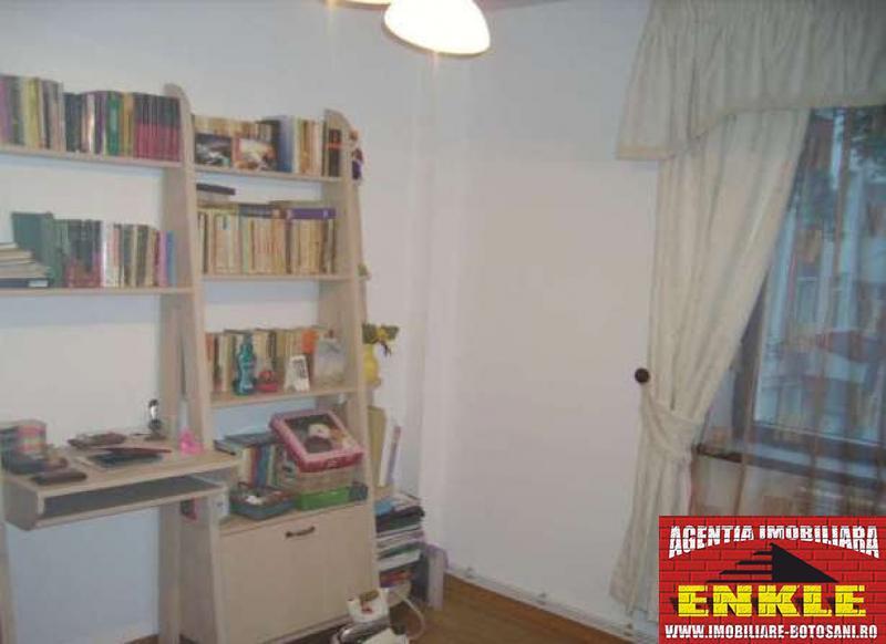 Apartament 4 camere, zona Bd.Mihai Eminescu-2786-4