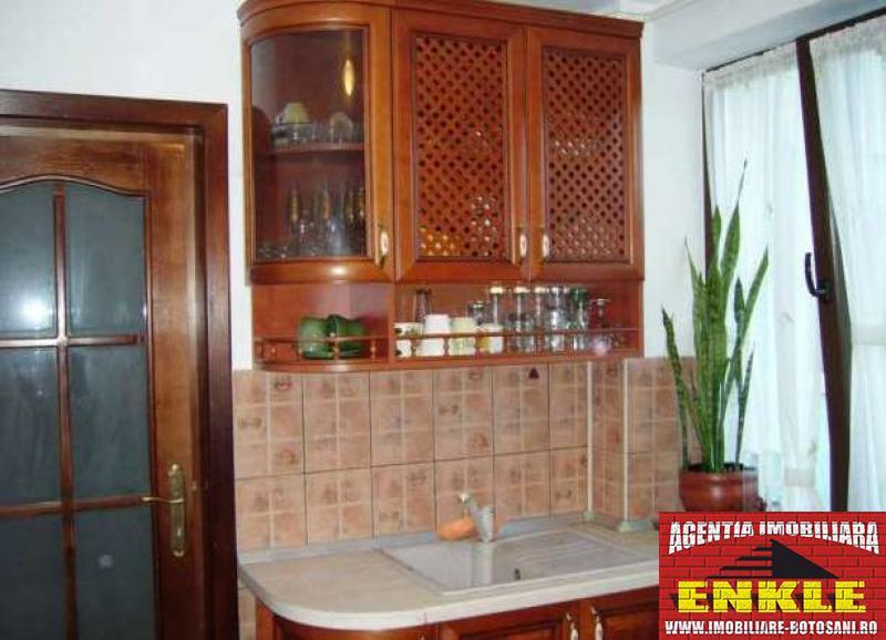 Apartament 4 camere, zona Bd.Mihai Eminescu-2786-5