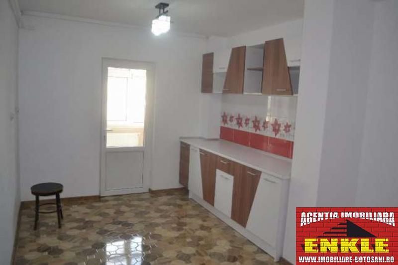 Apartament 3 camere, zona Piata Mare-2797-0