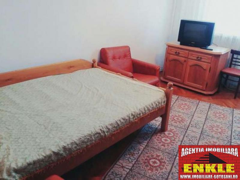 Apartament 3 camere, zona C. Nationala-2814-1