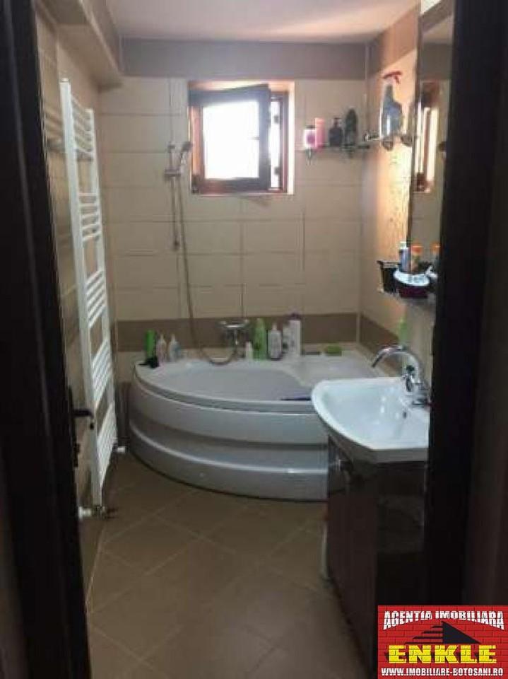 Apartament 3 camere, zona Primaverii-2940-10