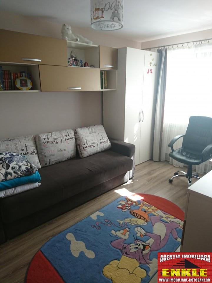 Apartament 3 camere, zona Primaverii-2940-4