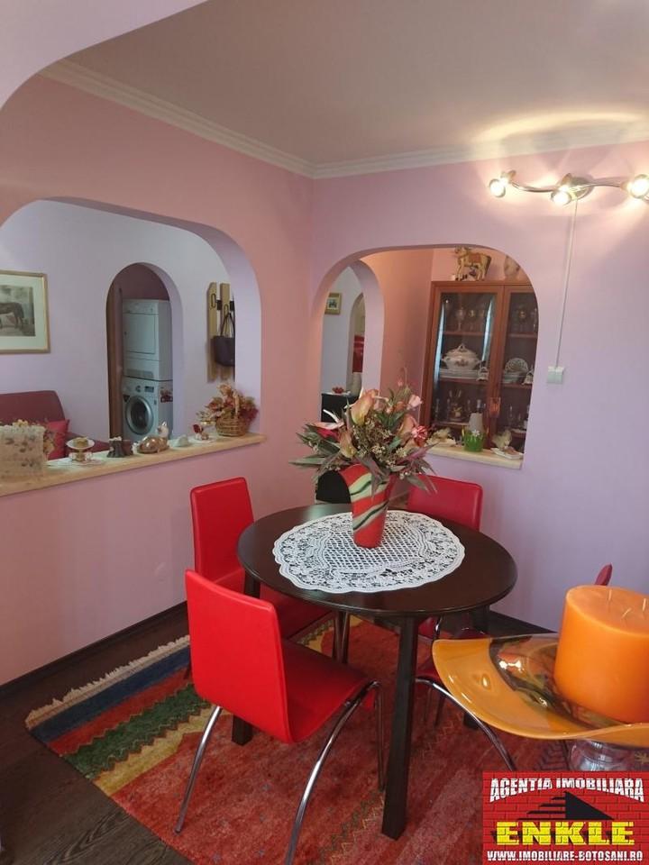 Apartament 4 camere, zona Directia Muncii-2956-2