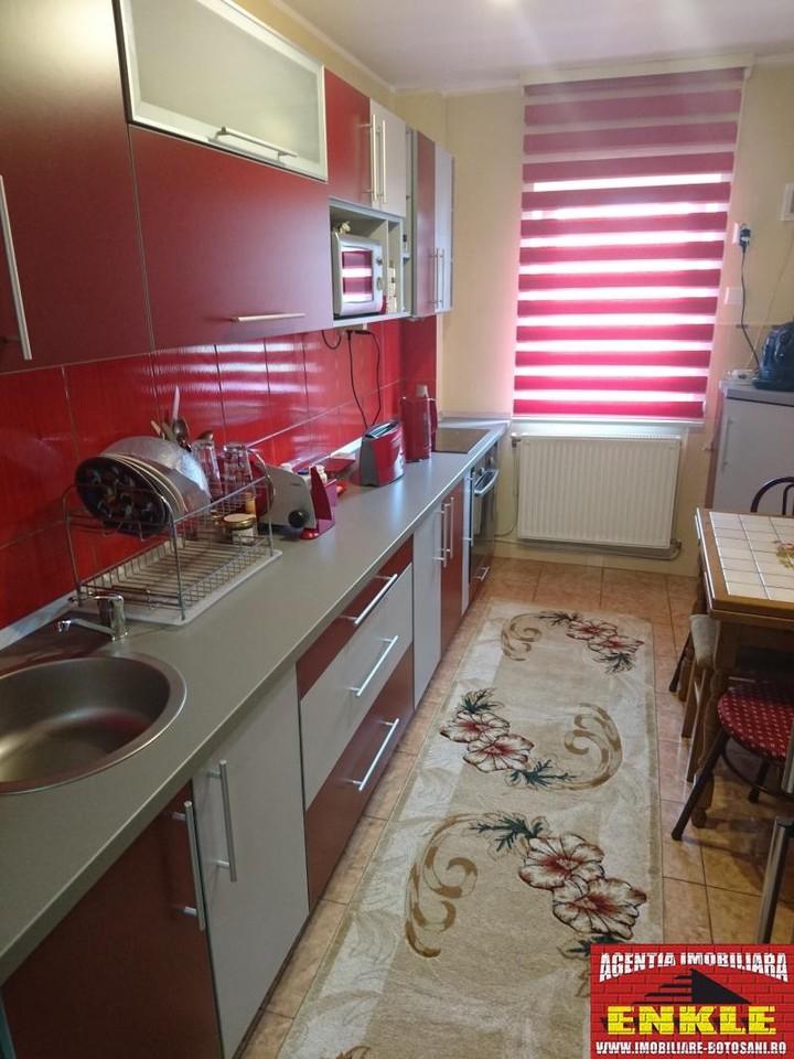 Apartament 4 camere, zona Directia Muncii-2956-7