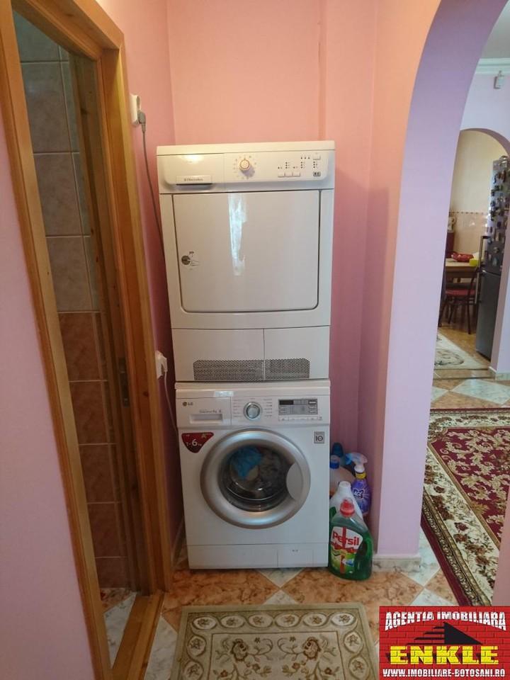 Apartament 4 camere, zona Directia Muncii-2956-8
