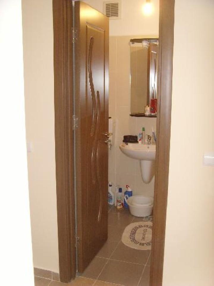 Apartament cu 3 camere de inchiriat-542-1