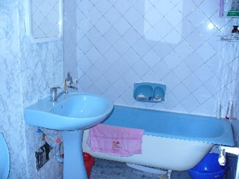 Apartament 4 camere, zona Capat 1-947-4