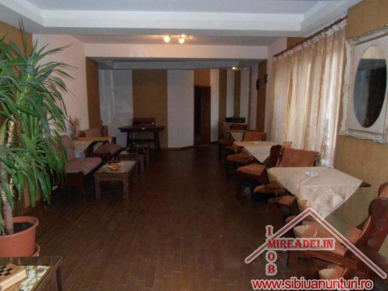 VAND  PENSIUNE *** 12 camere Sibiu -2550-0