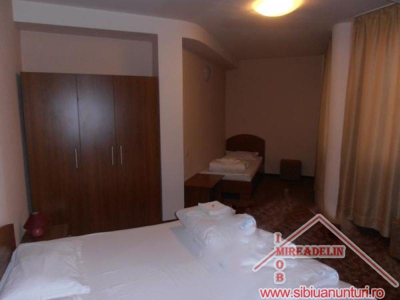 VAND  PENSIUNE *** 12 camere Sibiu -2550-4