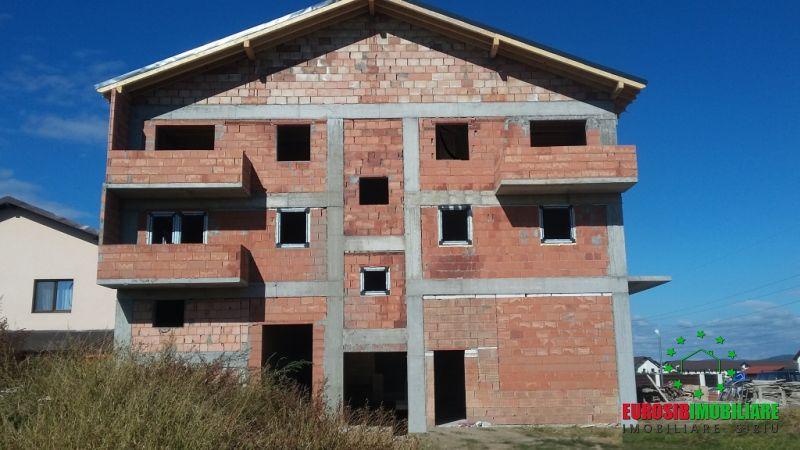vila-cu-2-etaje-calea-cisnadiei-23-2