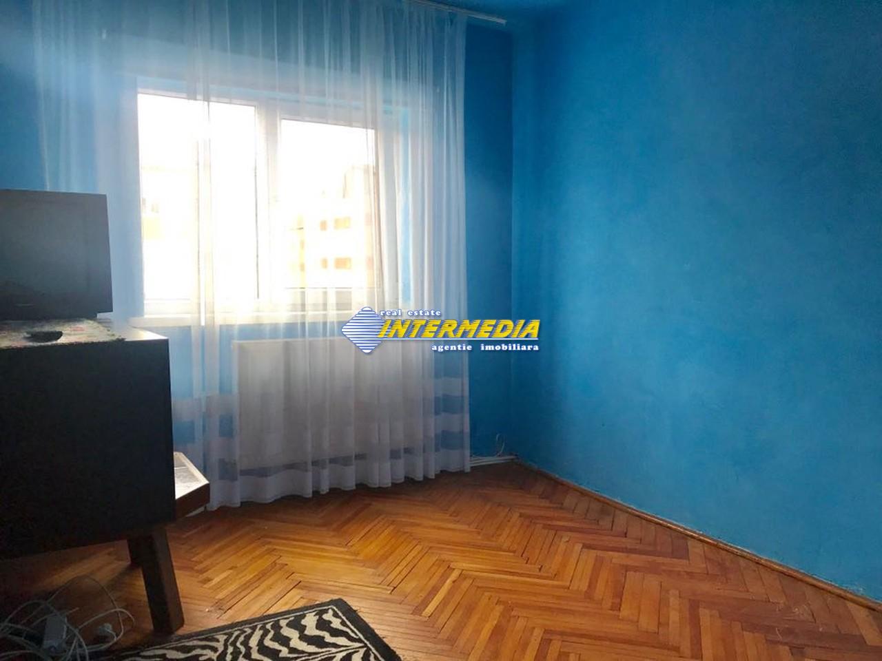 3 camere decomandat de Inchiriat in Cetate Alba Iulia-25574-3