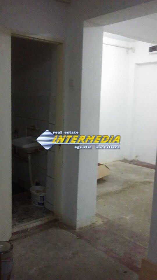 Apartament cu 2 camere pretabil Spatiu comercial - birouri in Blaj-20701-2