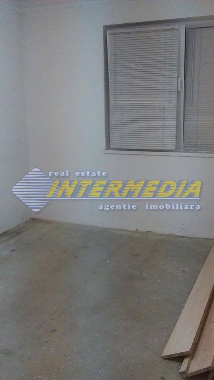 Apartament cu 2 camere pretabil Spatiu comercial - birouri in Blaj-20701-4