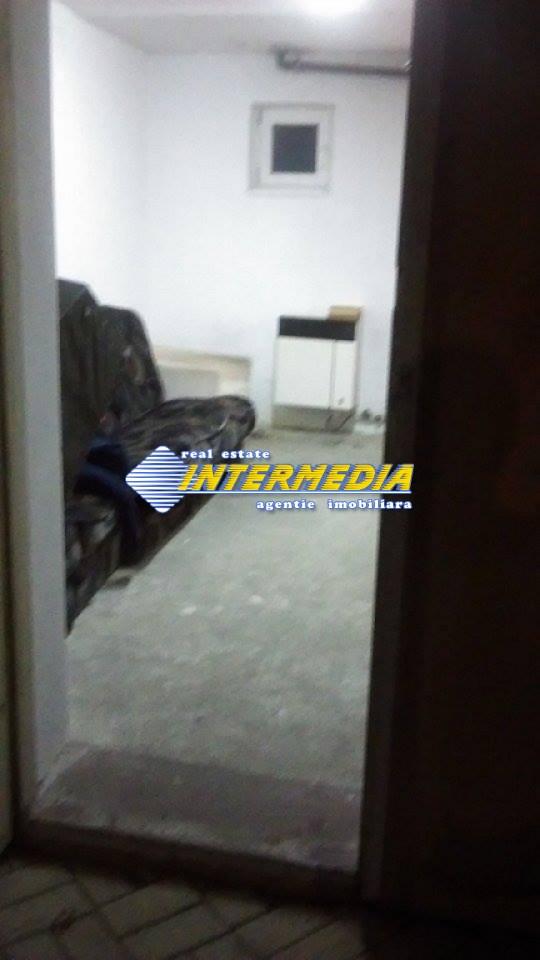 Apartament cu 2 camere pretabil Spatiu comercial - birouri in Blaj-20701-0