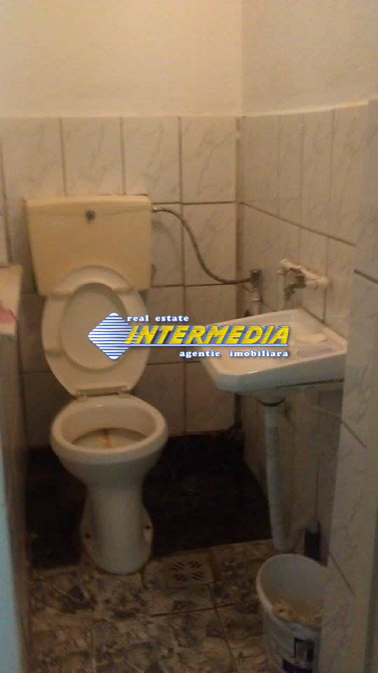Apartament cu 2 camere pretabil Spatiu comercial - birouri in Blaj-20701-5
