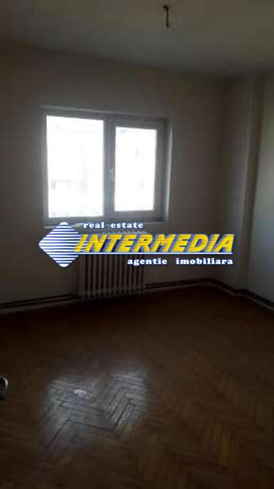 Apartament 3 camere de vanzare in Alba Iulia zona Cetate-33642-2