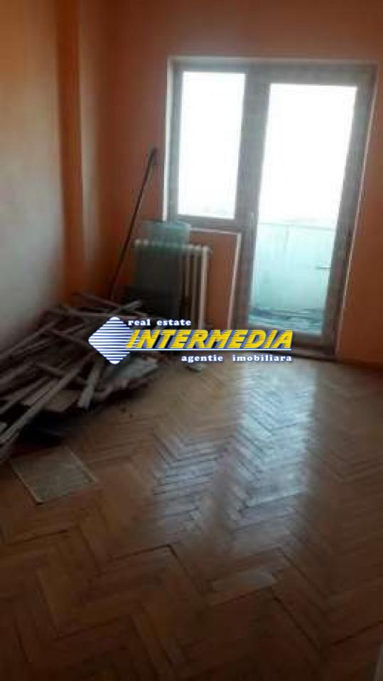 Apartament 3 camere de vanzare in Alba Iulia zona Cetate-33642-1