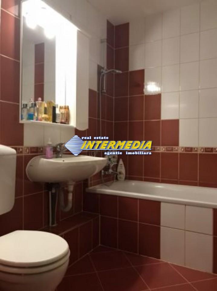 198497849_7_644x461_apartament-3-camere-decomandat-doua-bai-aer-conditionat-.jpg