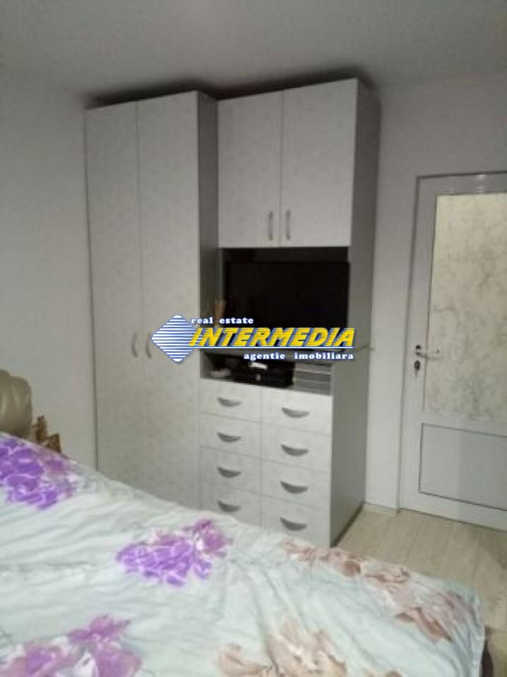 206158939_7_644x461_apartament-3-camere-zona-kaufland-.jpg