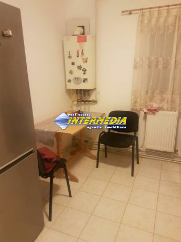 211015693_6_644x461_apartament-superoferta-mobilat-54600-euro-3-camere-decomandat-centru-_rev002.jpg