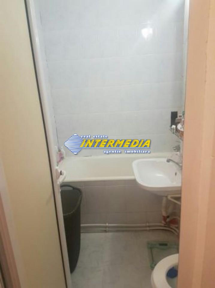 211015693_7_644x461_apartament-superoferta-mobilat-54600-euro-3-camere-decomandat-centru-_rev002.jpg