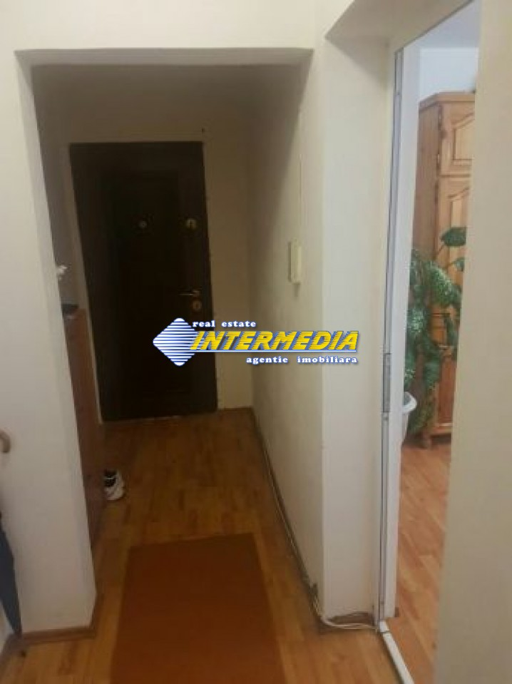 211015693_8_644x461_apartament-superoferta-mobilat-54600-euro-3-camere-decomandat-centru-_rev002.jpg