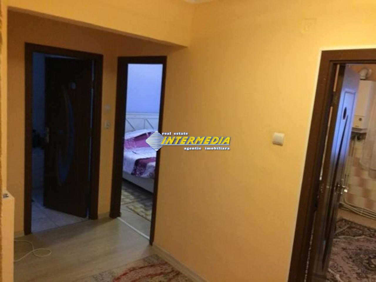 212668055_2_644x461_vand-apartament-zona-cetate-fotografii.jpg