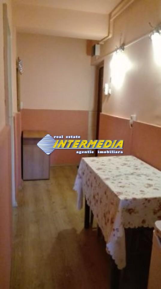 225422419_8_644x461_vand-apartament-2-camere-cetate-str-arnsberg-.jpg
