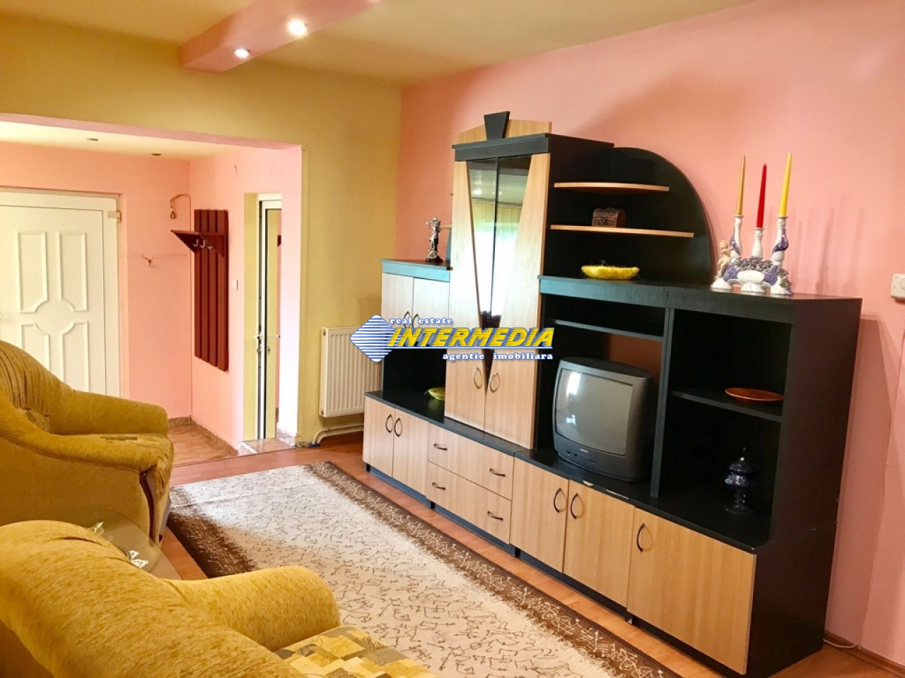 Apartament 5 camere de inchiriat in Alba Iulia mobilat-16182-13