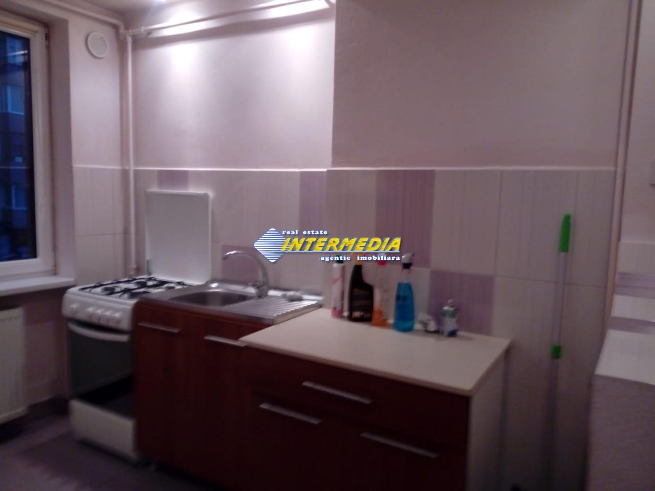 Apartament 2 camere de inchiriat in Centru Alba Iulia 250 Euro (3)_(1).jpeg