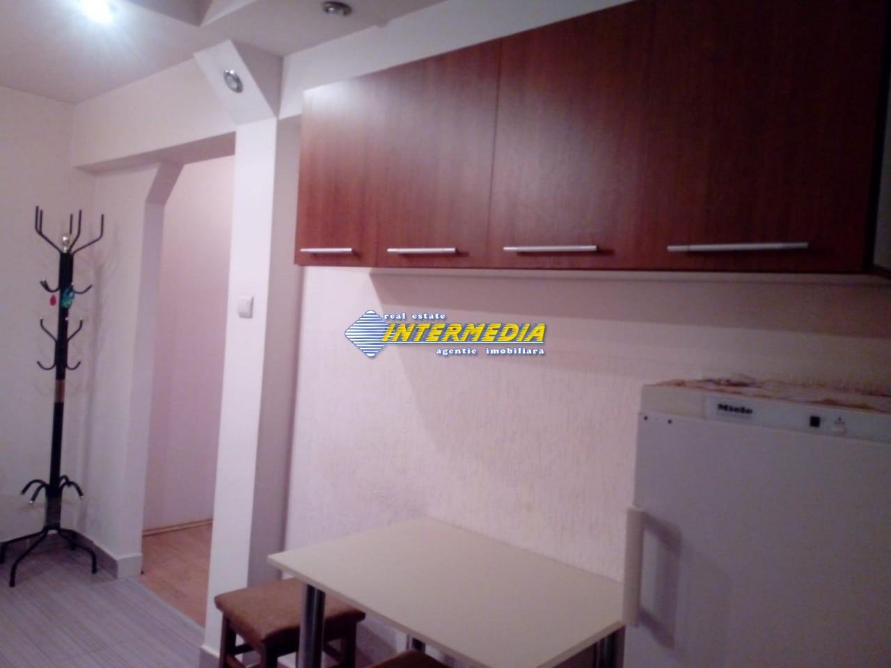 Apartament 2 camere de inchiriat in Centru Alba Iulia 250 Euro (4)_(1).jpeg