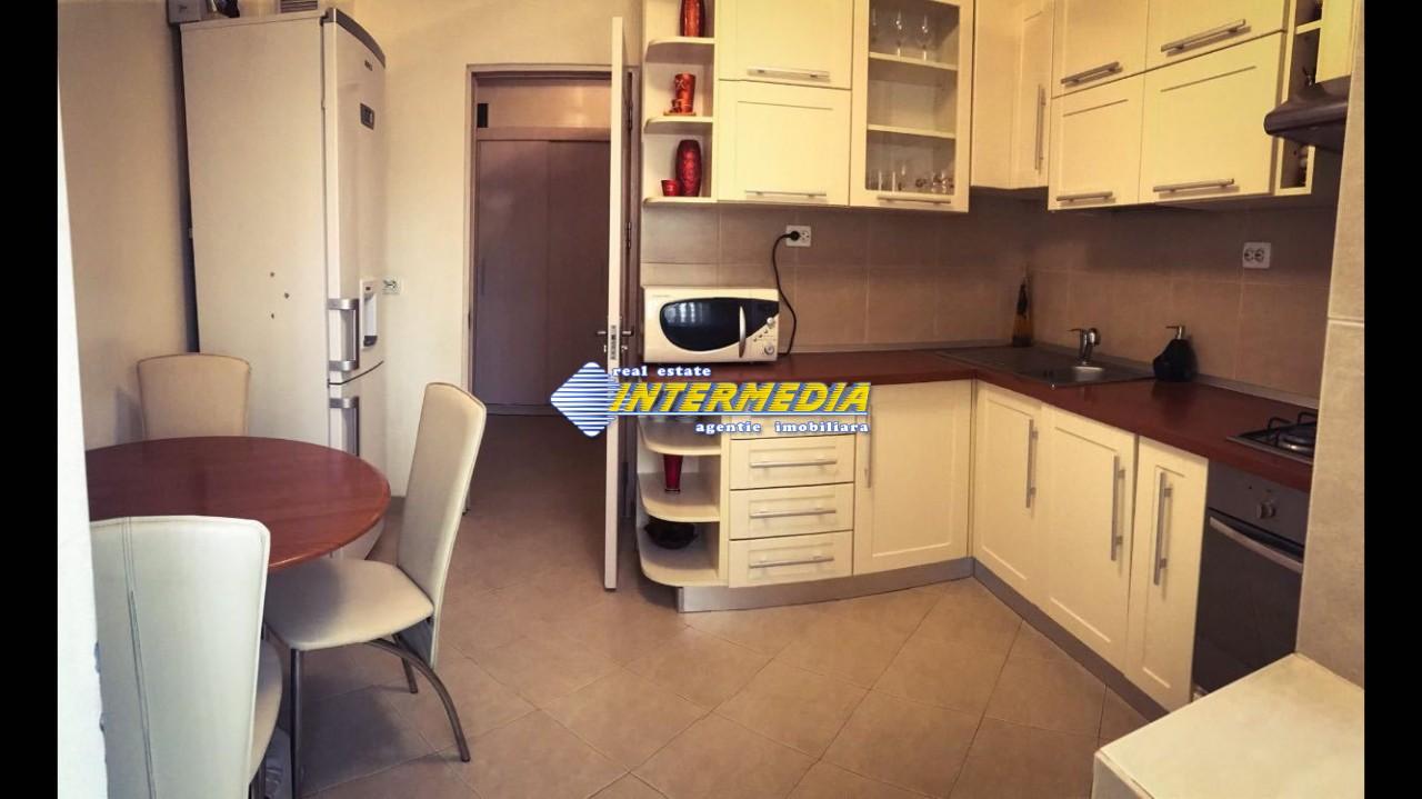 Apartament cu 3 camer de inchiriat superfinisat 8_(1).jpg